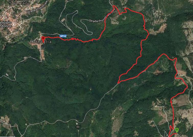 Questa è la strada percorsa da Nicola e Fela tra Caselle di Tortorella-Battaglia (Casaletto Spartano)